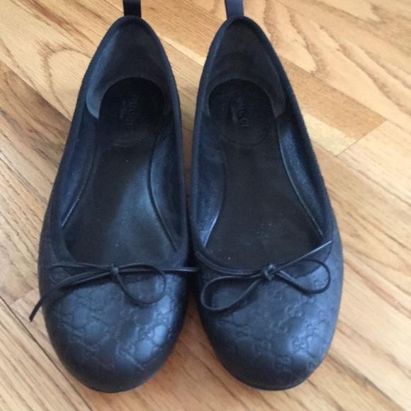 7cfd07bd754 Gucci Shoes - Gucci ballet flats. Authentic.